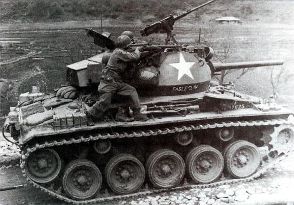 Les quelques Chaffee envoyés d'urgence sur le front de l'Ouest font rapidement leurs preuves face aux divisions allemandes