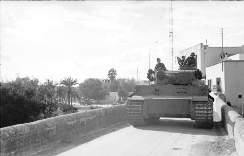 L'arrivée du Tiger en Tunisie provoque un violent choc  au sein de l'armée britannique