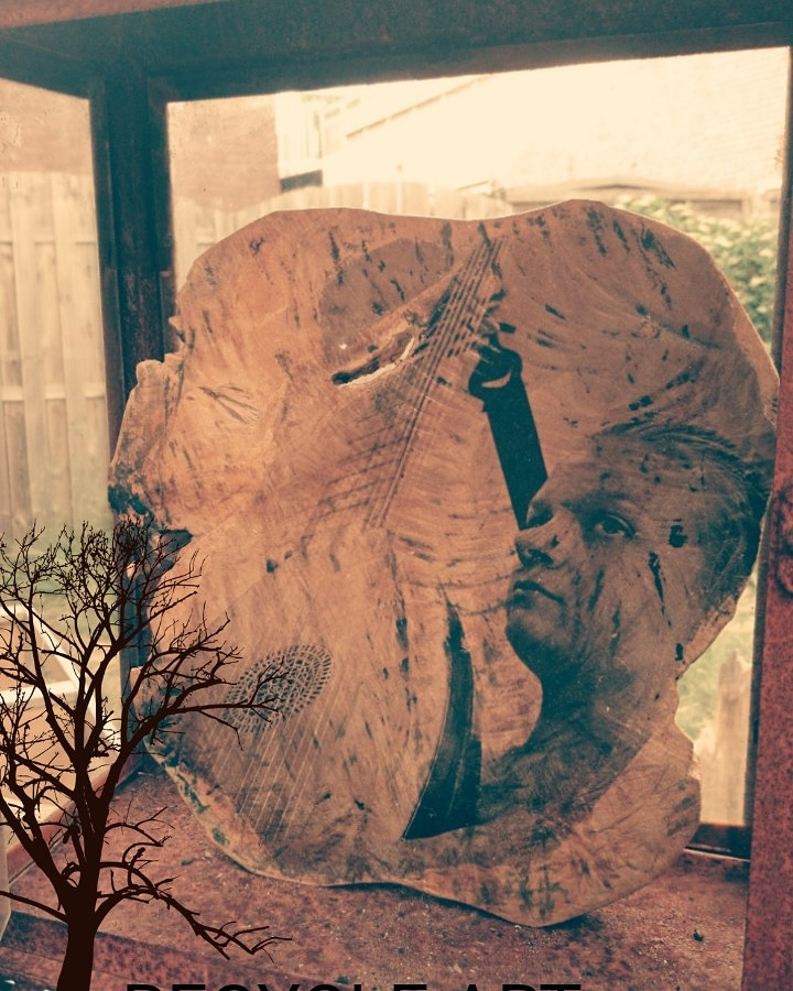 Photography on wood €79,-. Size 35-25 cm. Larger and smaller are possible.