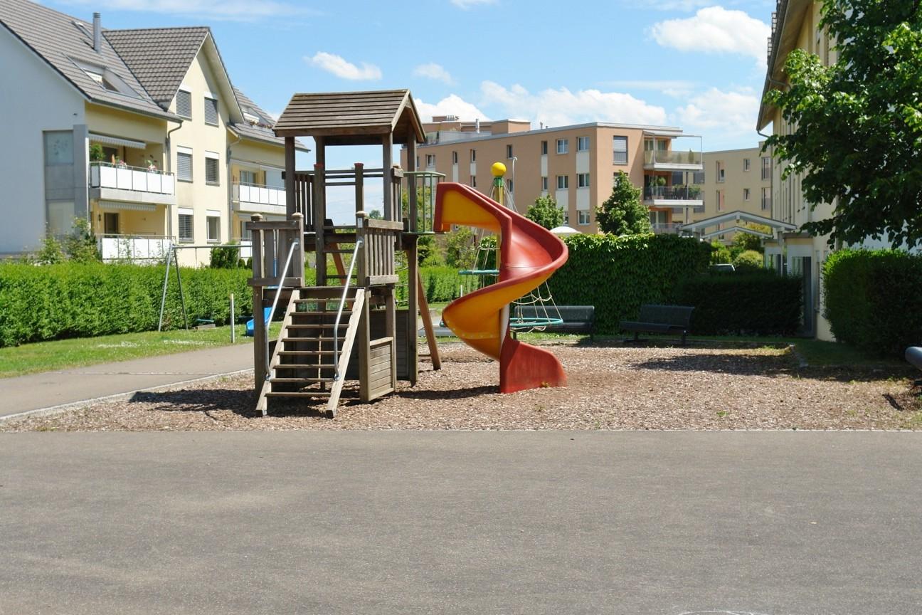 Auch für Familien ideal: Kinderspielplatz