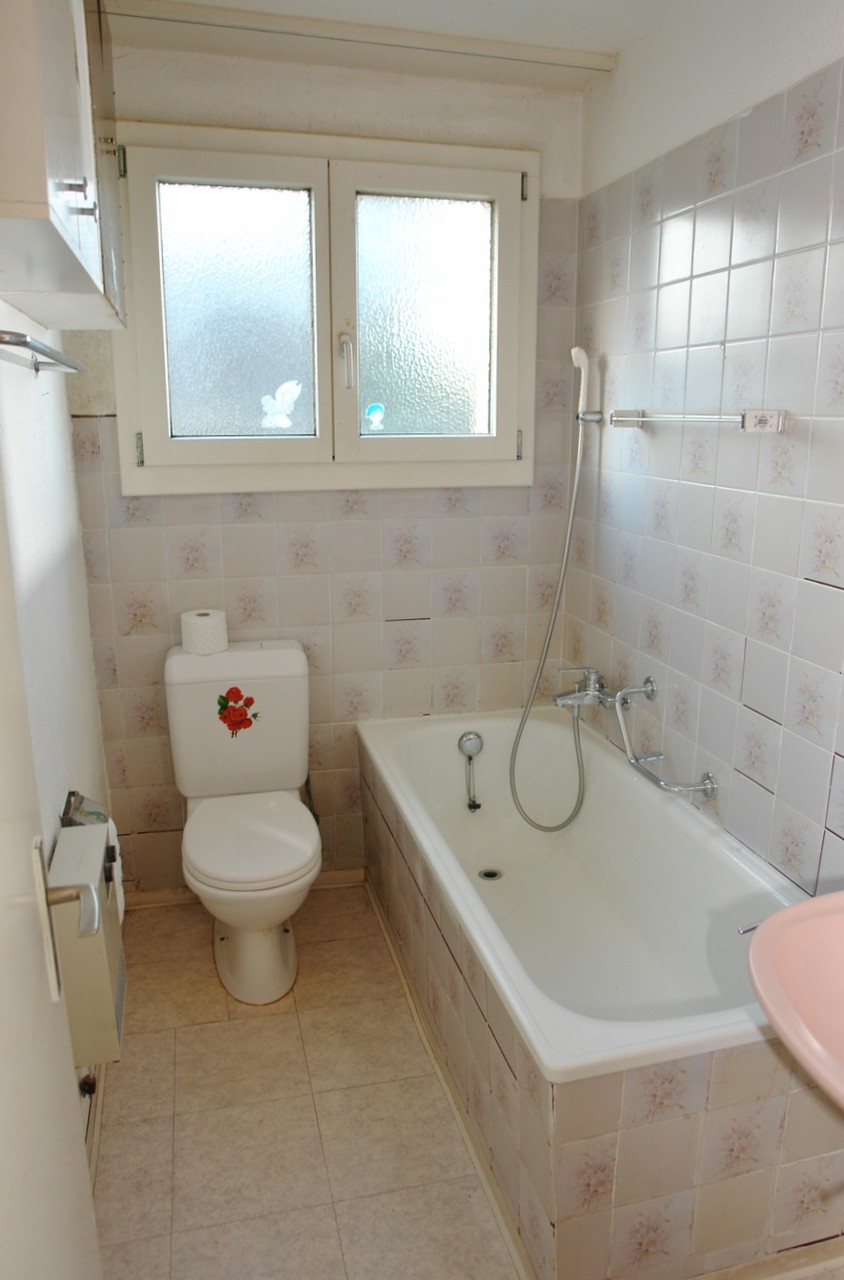 Badezimmer Wohnung Erdgeschoss