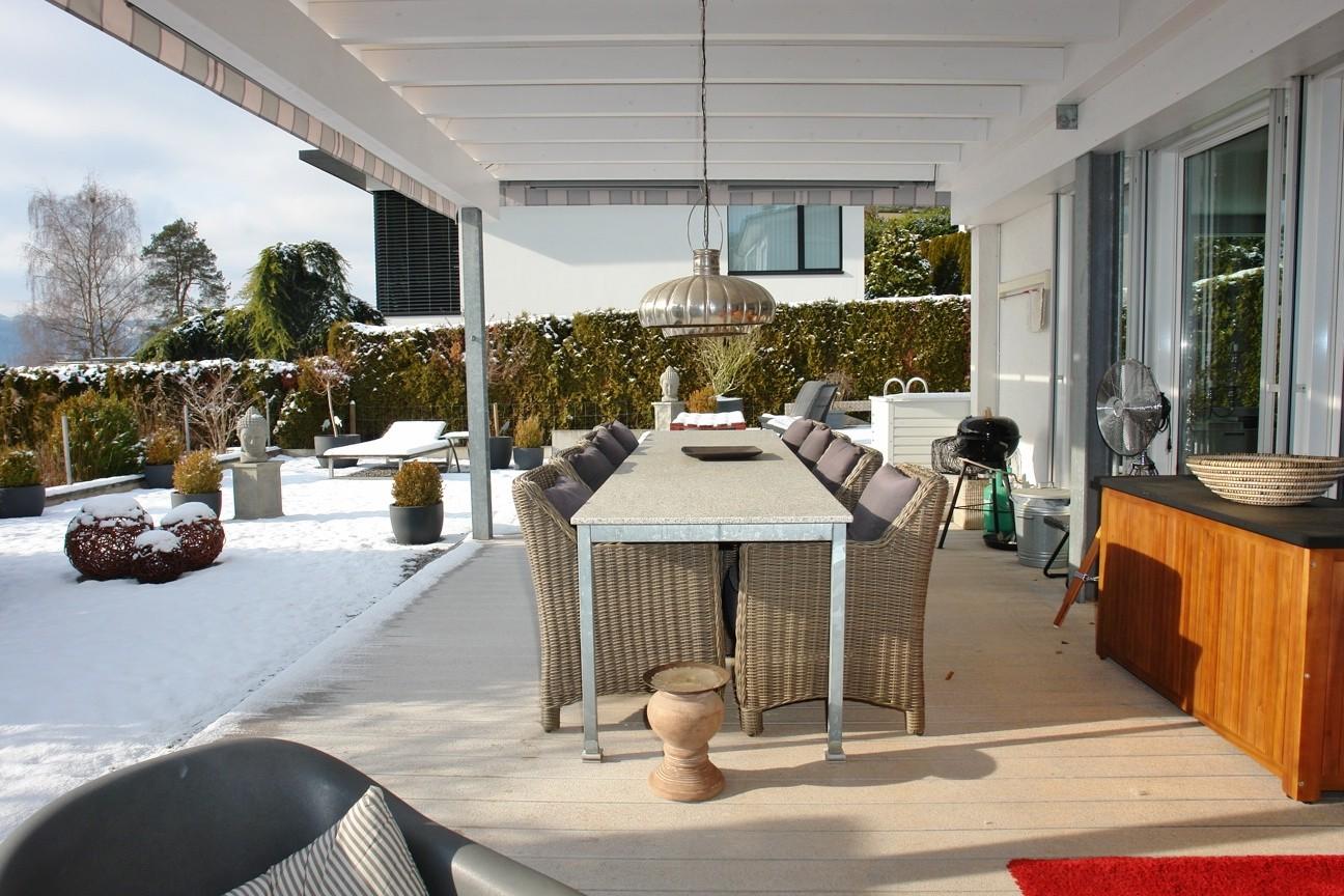 Traumhaft: Auf der (vollständig überdeckten) Terrasse