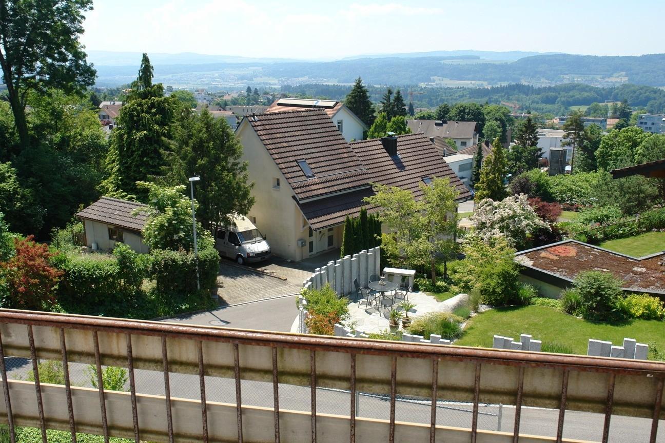 Traumhafter Blick vom Balkon Obergeschoss - mit ad-hoc-Geländerkonstruktion... - Richtung Südosten