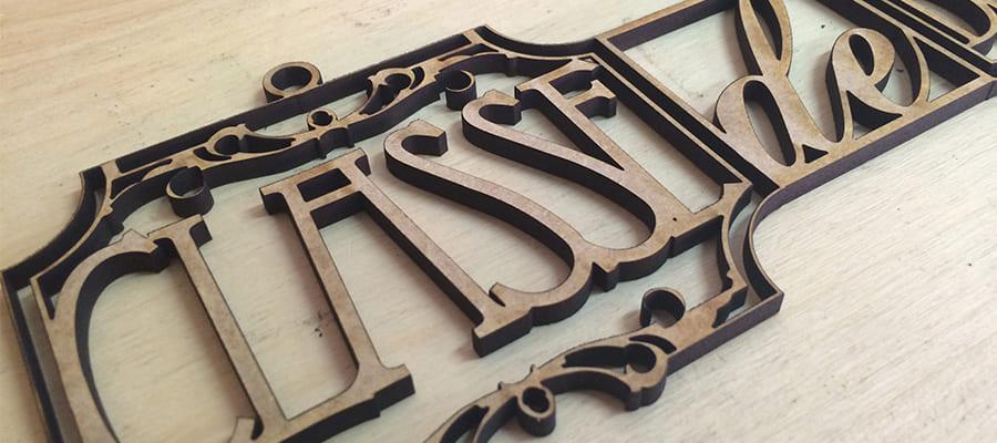 Création originale de plaques de portes