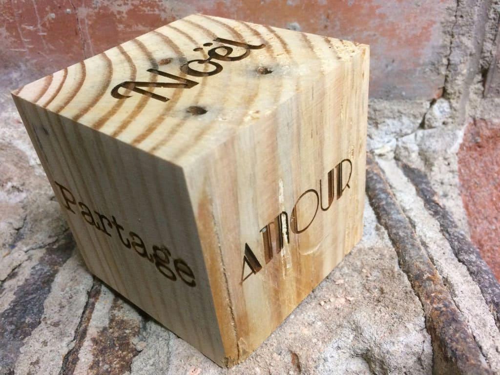Cube en bois de palette, 8cm