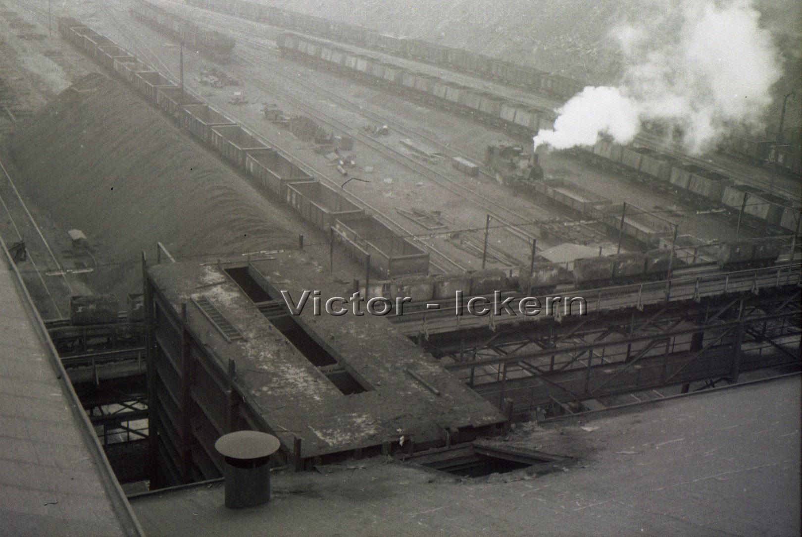 Blick vom Rohkohlebunker Ickern I/II auf die Zechenbahn  1964