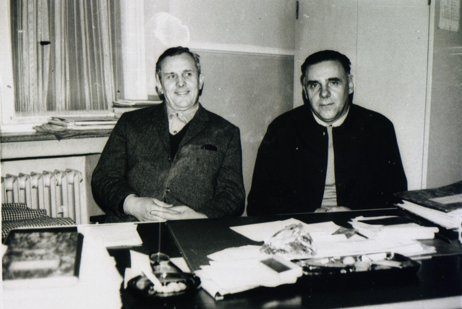 Feuerwehr und Fahrbereitschaftsleiter Ernst Sengotta mit Kollege