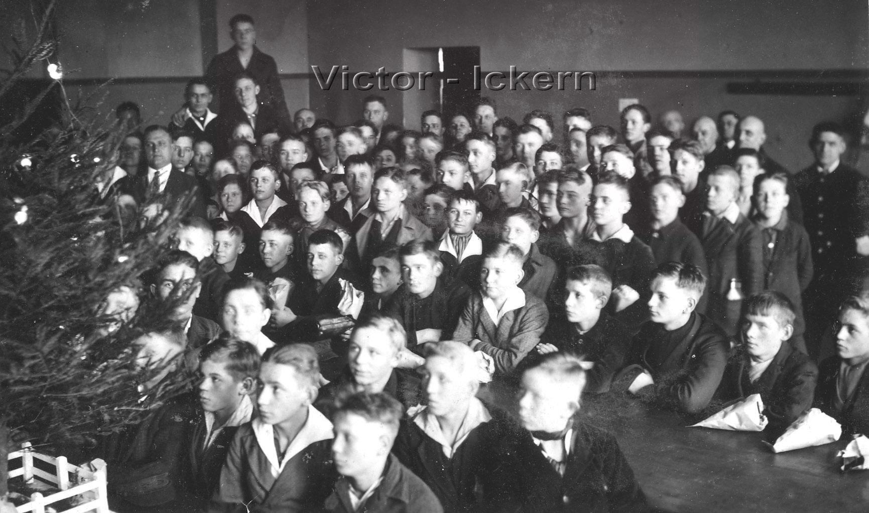 Weihnachtsfeier der Berglehrlinge   1928