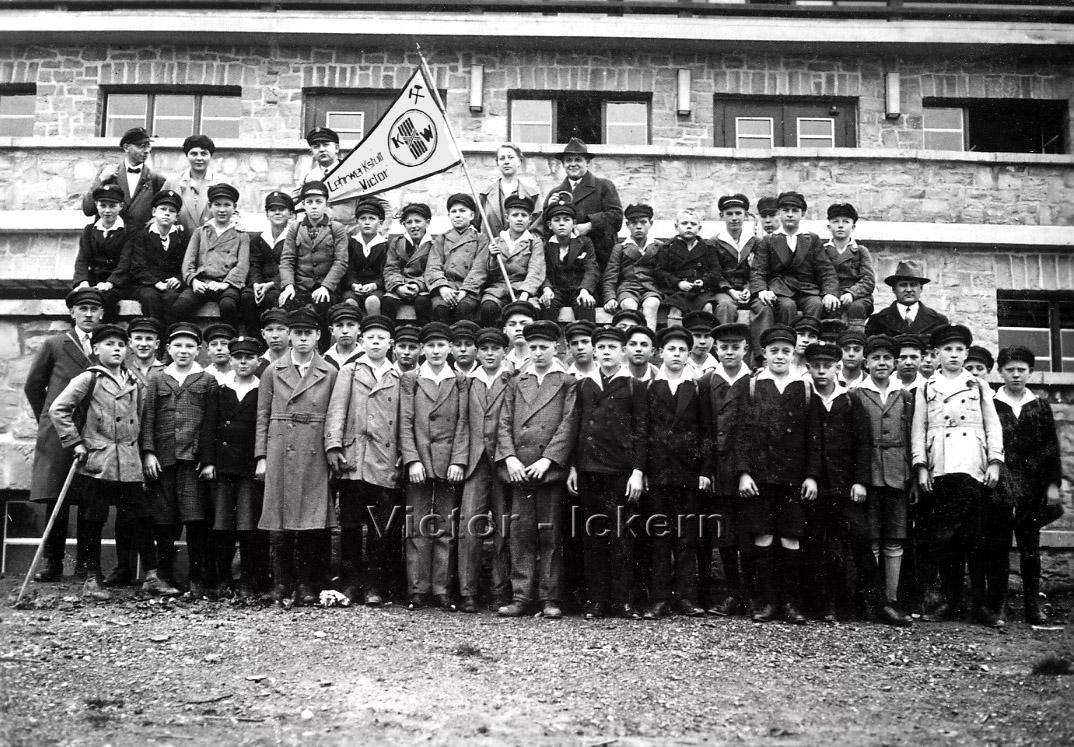 Ausflug der Lehrlinge zum Möhnesee   1929
