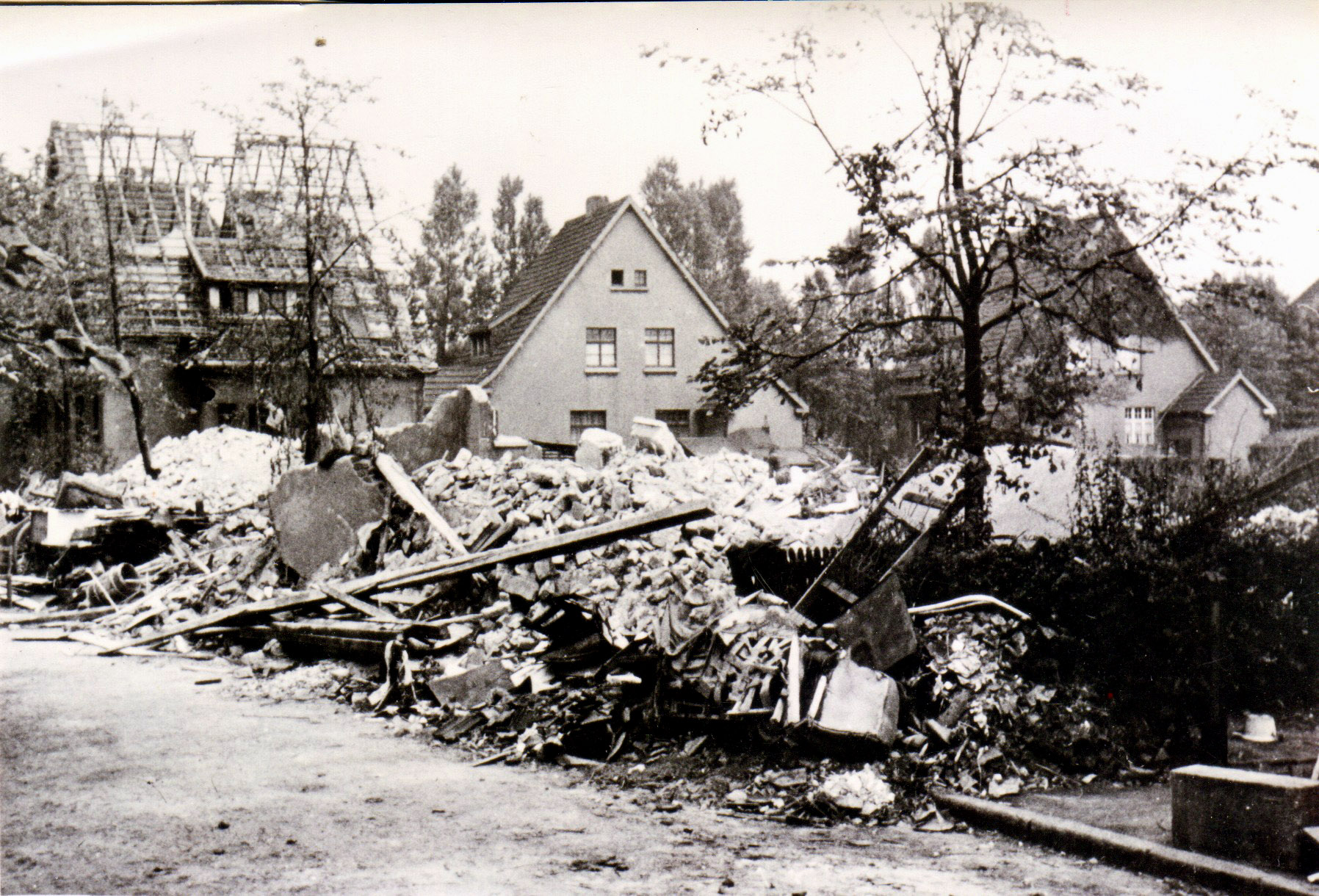 Bombenschäden in der Markmannstrasse in Rauxel