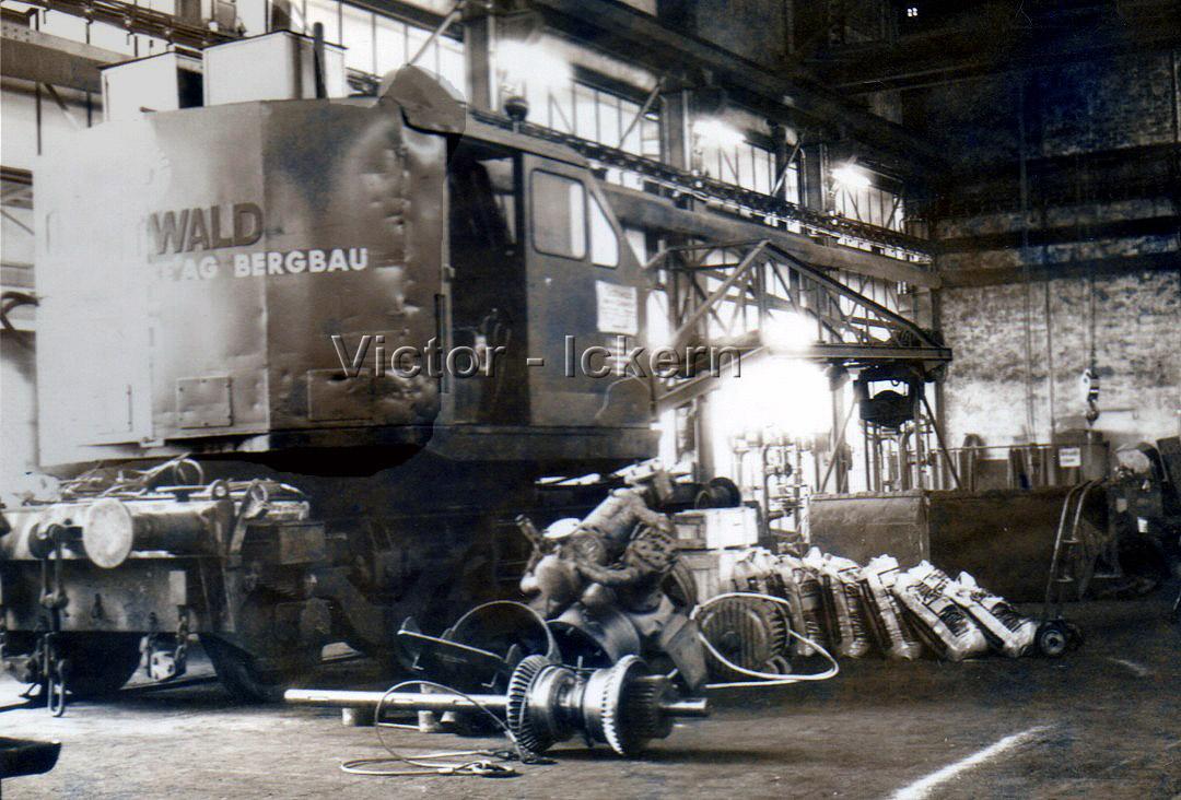Eisenbahnkrahn in der Lokomotivwerkstatt