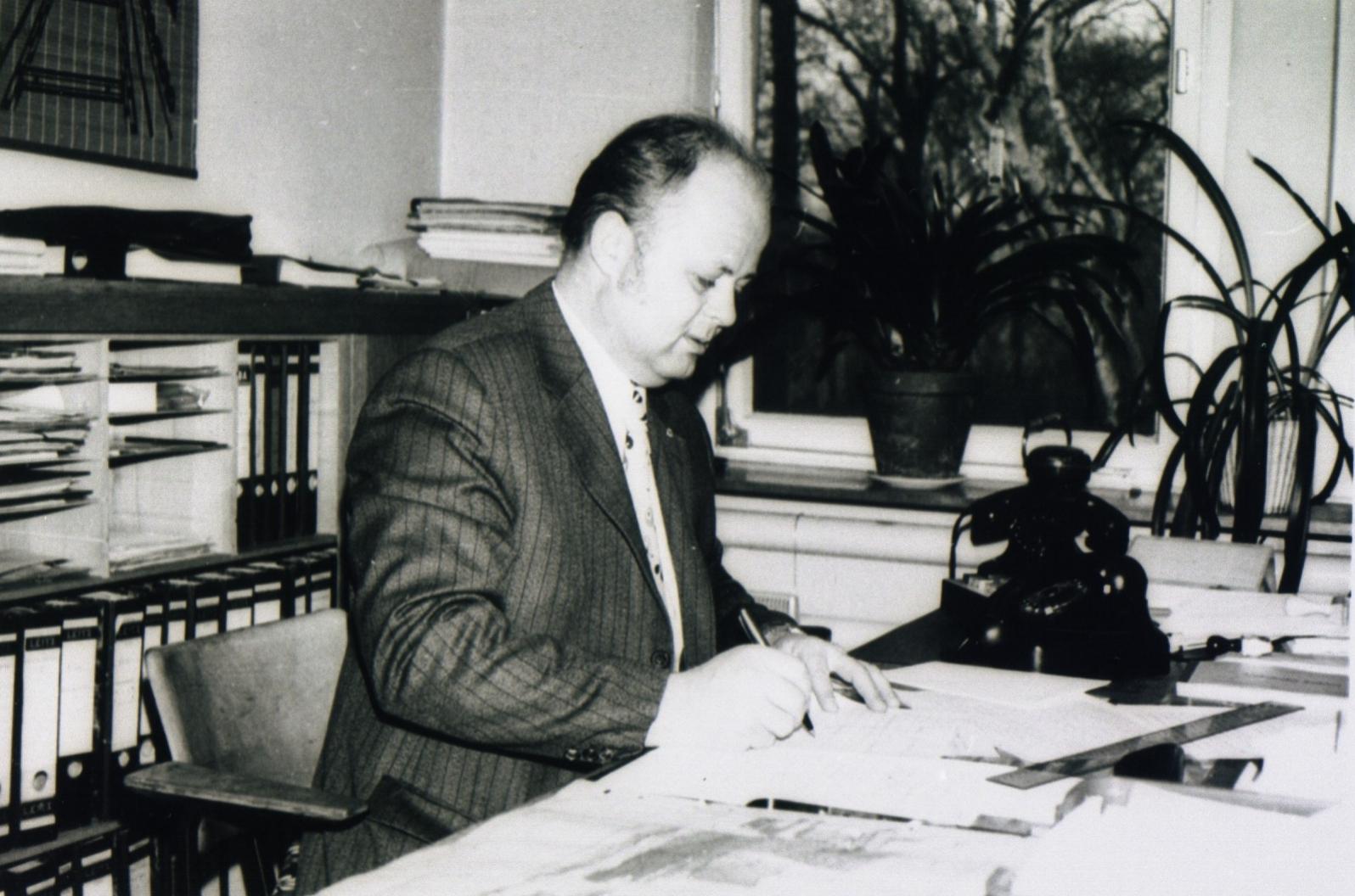 Stabstellenleitung und Planung auf Victor 3/4  Herr Rösler