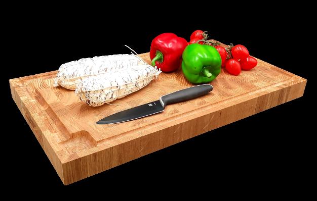 Unterschiedliche Schneidebretter verwenden für Fleisch, Geflügel und Fisch