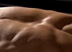 Travail varié en profondeur qui agit sur les muscles, tendons, articulations