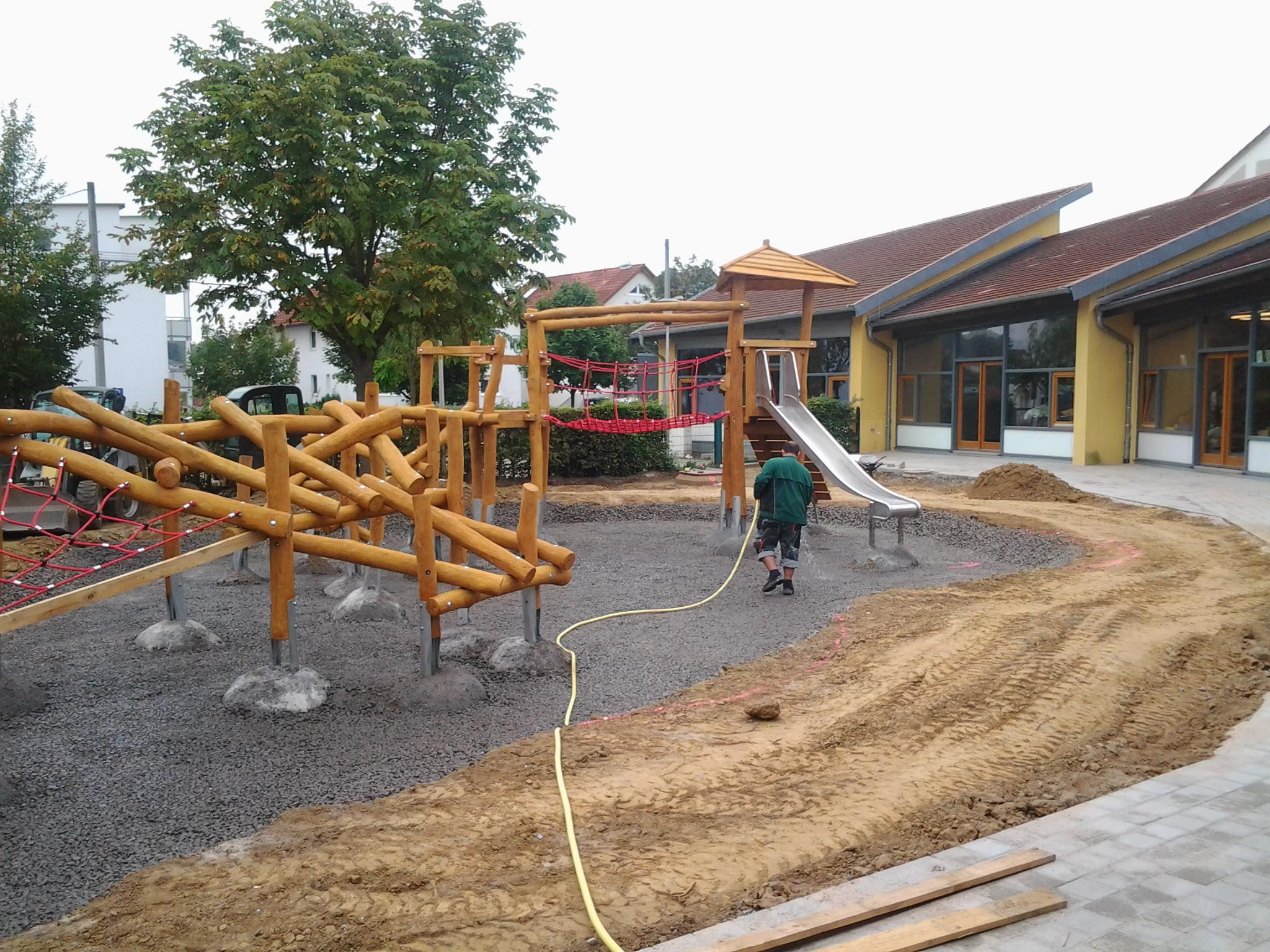 Spielplatzbau weilandgalabaus webseite - Gartenbau bretten ...