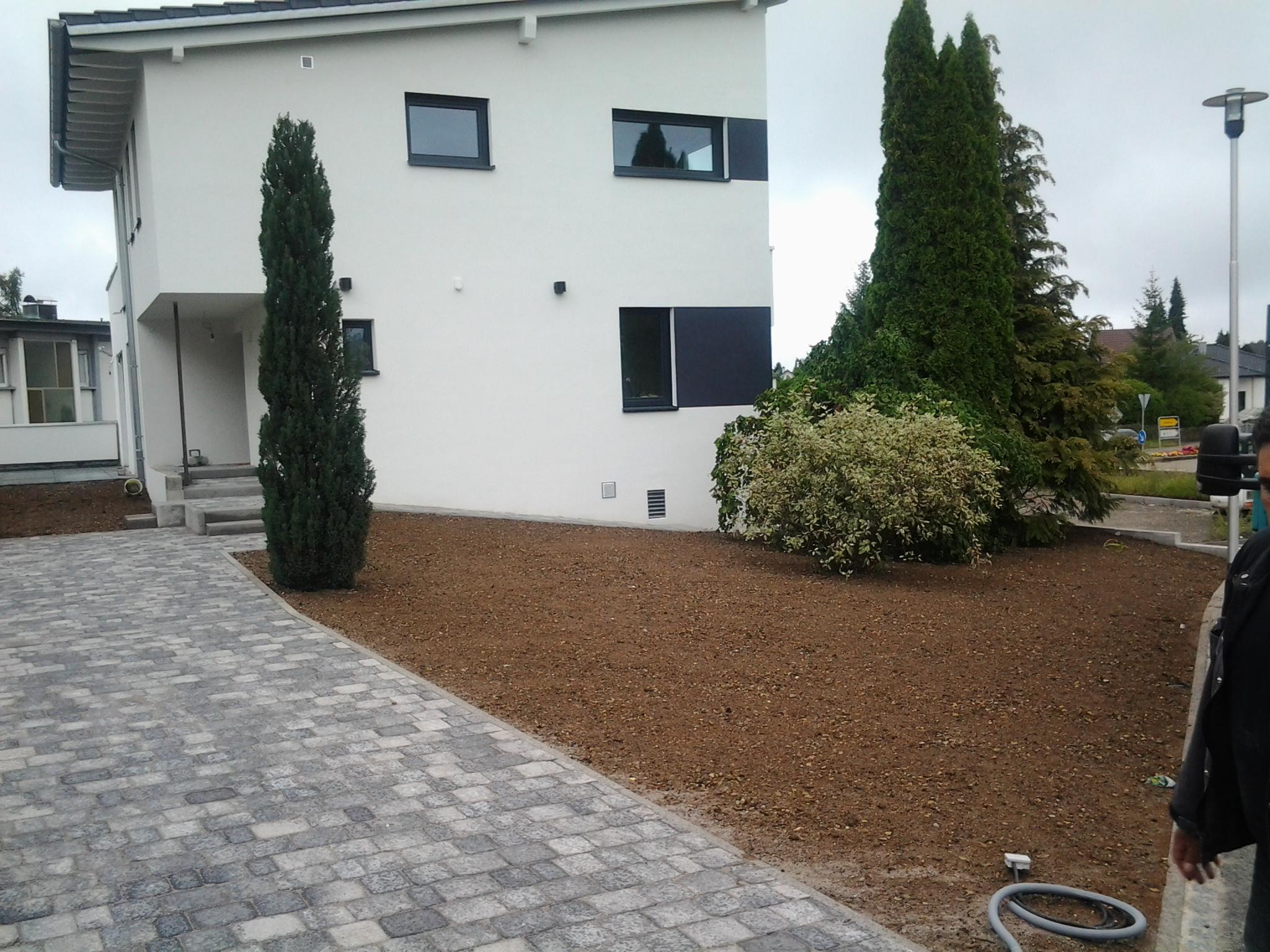 Neugestaltung Hasusgarten