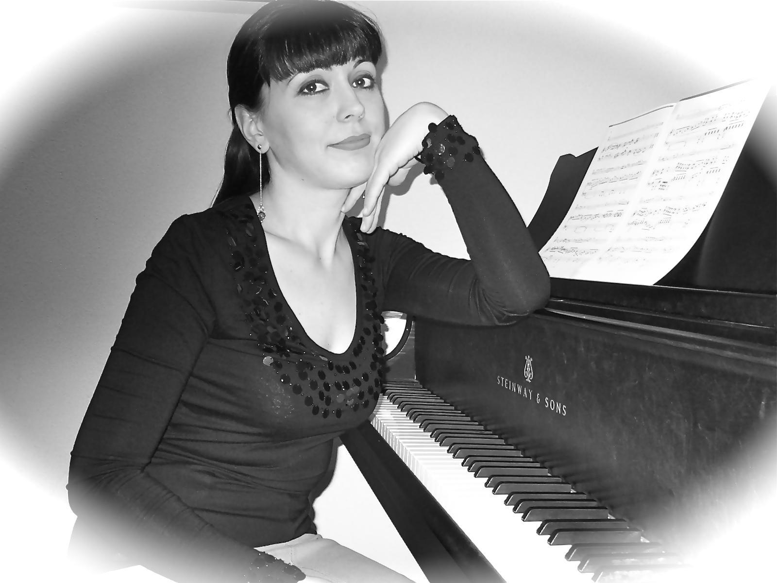 Oksana Andriyenko Pianistin