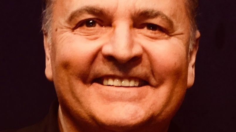Kammersänger Peter Galliard ist der Star des Musikprogramms auf dem diesjährigen Weihnachtsmarkt