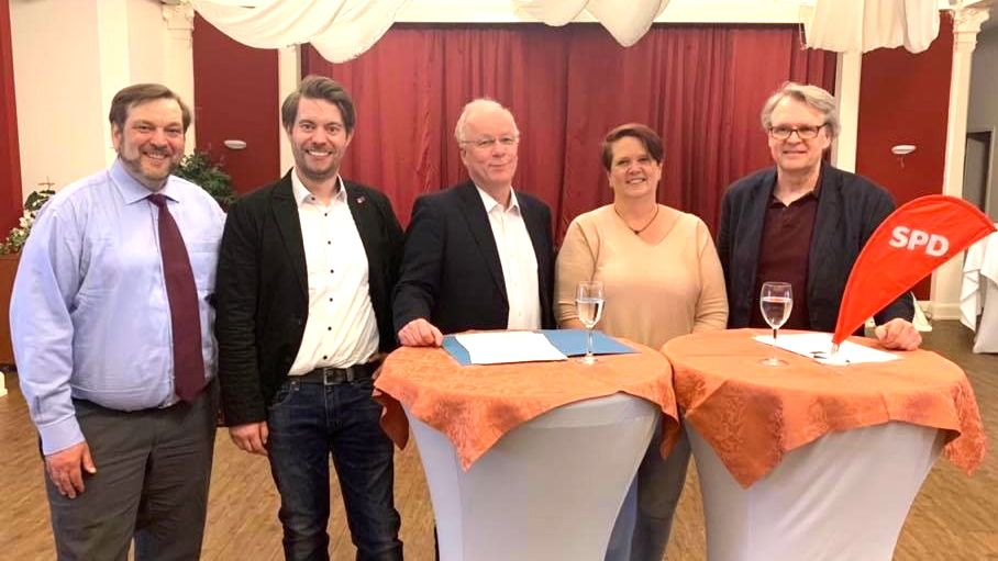 Jens Lehmann, Helge Neumann (1. Vorsitzender SPD Hemdingen, stellvertr. Kreisvorsitzender des SPD Kreises Pinneberg), MdB Dr. Matthias Bartke, Frauke Foth (1.Vorsitzende SPD Bönningstedt), Axel Graßmann (SPD-Fraktionsvorsitzender Bönningstedt)