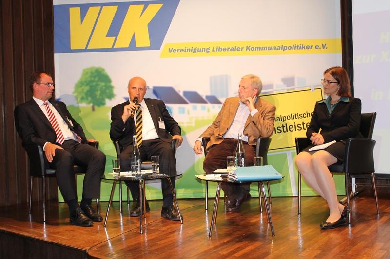 v..l.n.r. F. Schneider, W. Dette, W. Becker-Blonigen, Dr. D. Diemert