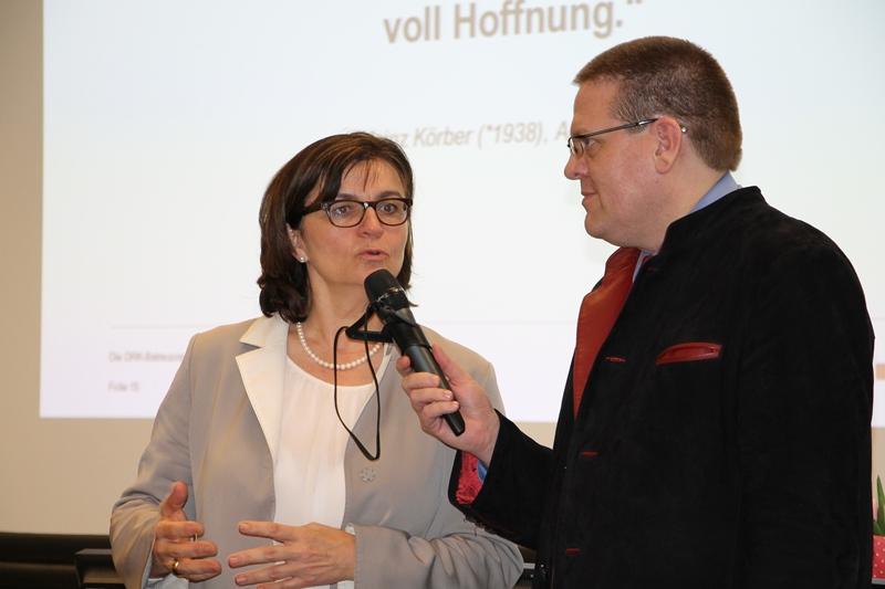 V. Göppert, K. Abruszat
