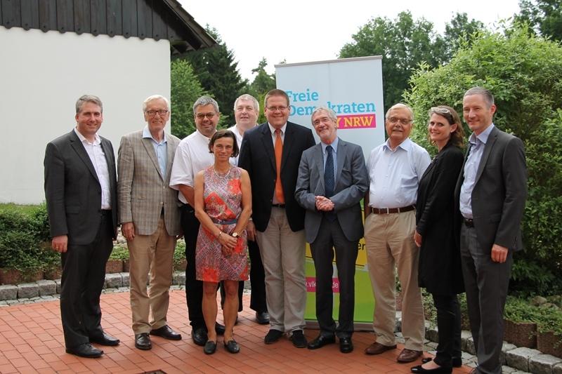 VLK Vorstand mit Staatssekretär Dr. Günther Horzetzky