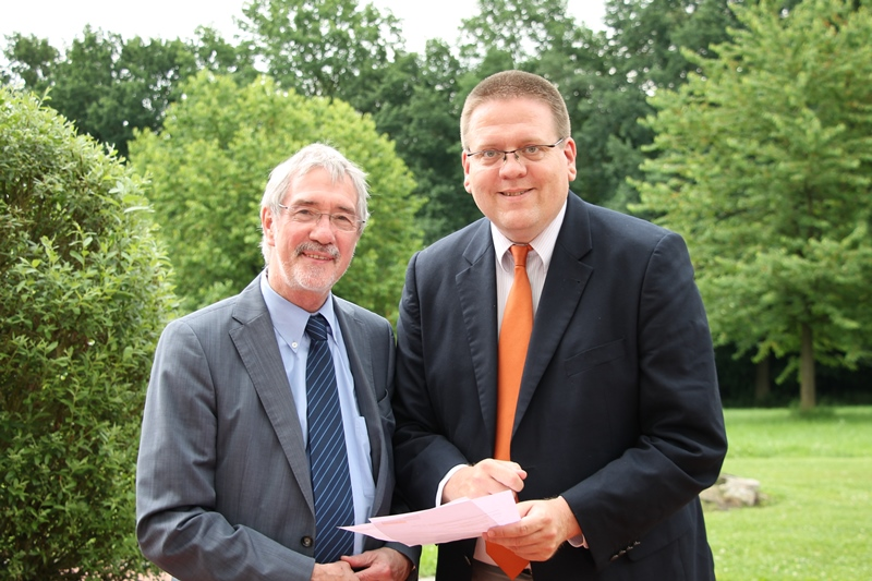 K. Abruszat, Staatssekretär Dr. Günther Horzetzky