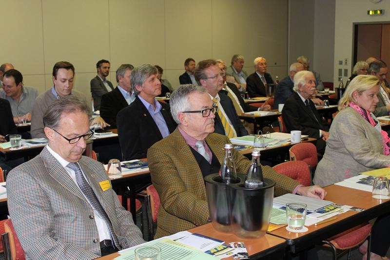 Teilnehmer der Mitgliederversammlung