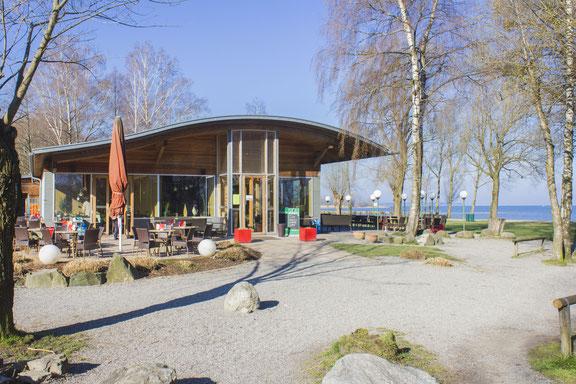 Aussenansicht Frühling - Seerestaurant Glashaus in Höchst, Rheindelta, Vorarlberg