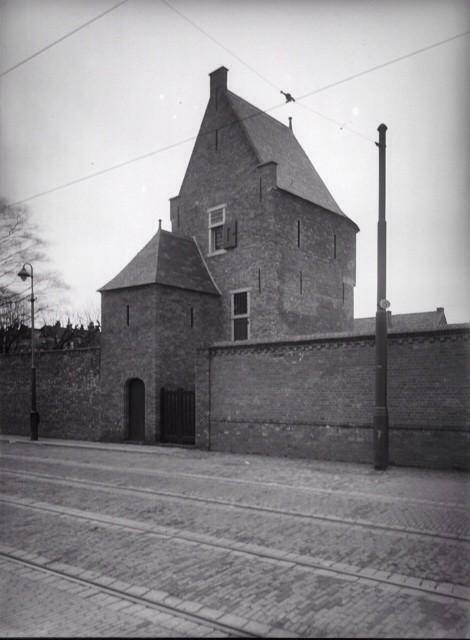Bagijnetoren, Phoenixstraat 41, 1932