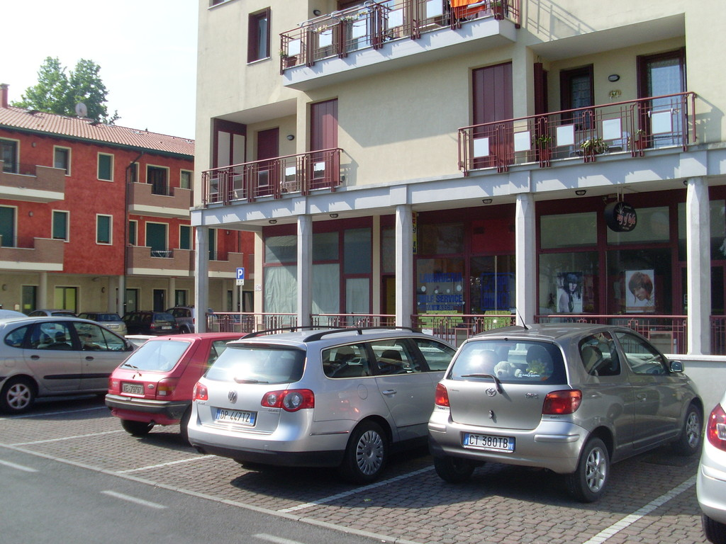 Parcheggio condominiale di uso pubblico