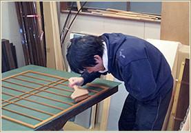 障子の作業風景:東京都葛飾区東堀切の畳店、タカハシ