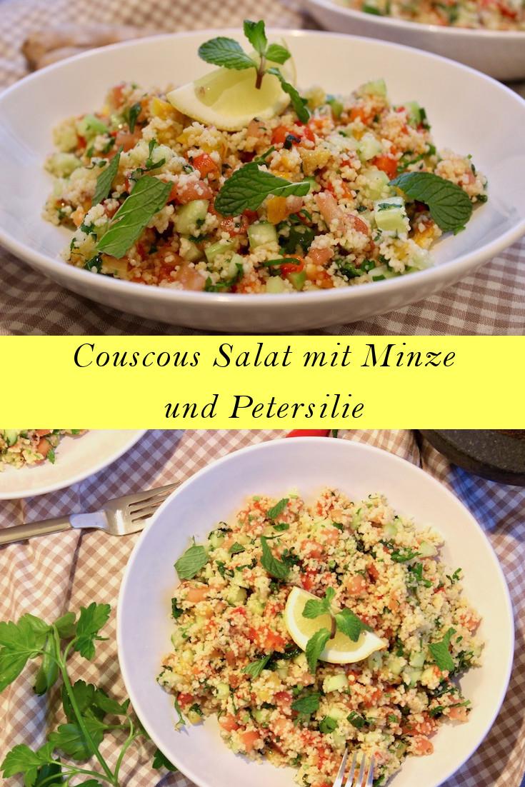 Couscous Salat mit gerösteten Paprika, Gurke, Tomate und frischen Kräutern