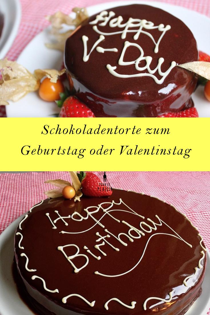 Schokoladentorte zum Valentinstag oder Geburtstagstorte, gefüllt mit Schokoladenmousse