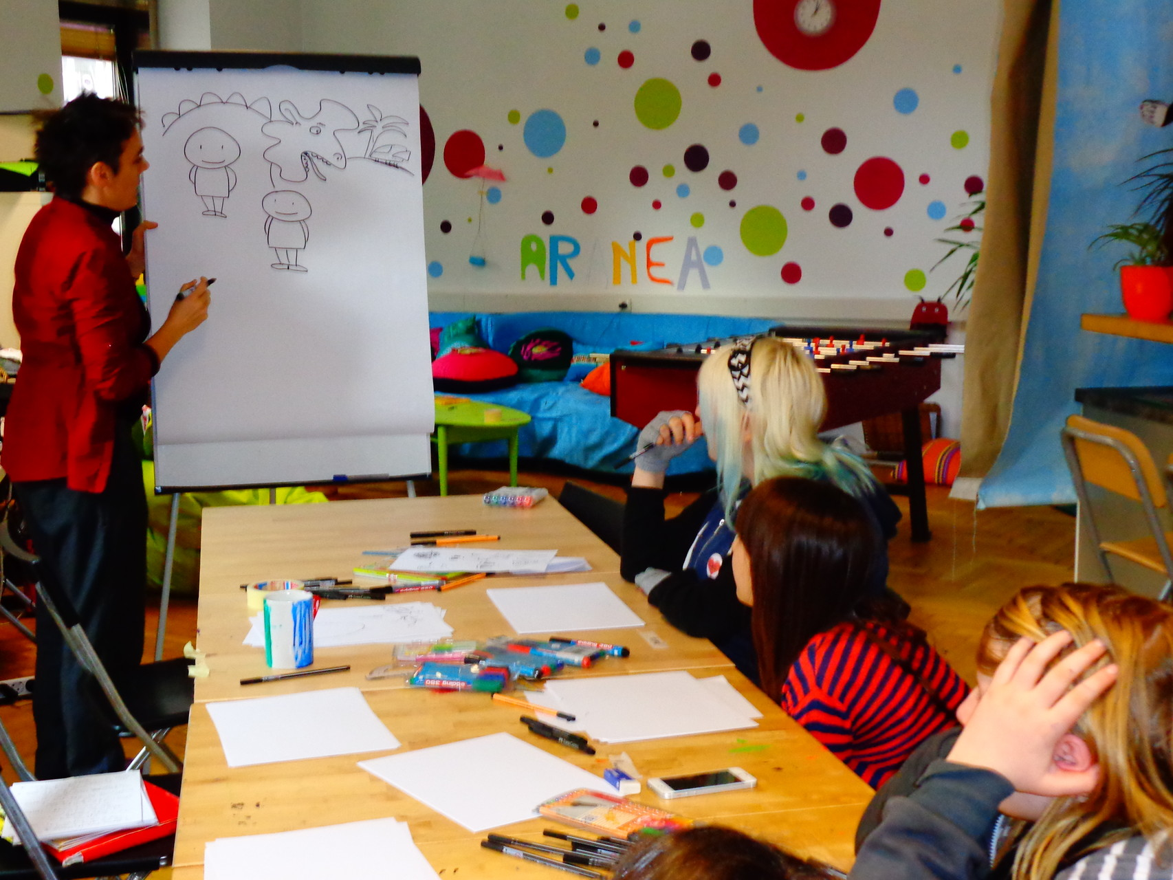 Comic-Workshop im Mädchenzentrum ARANEA (Foto: ARANEA)