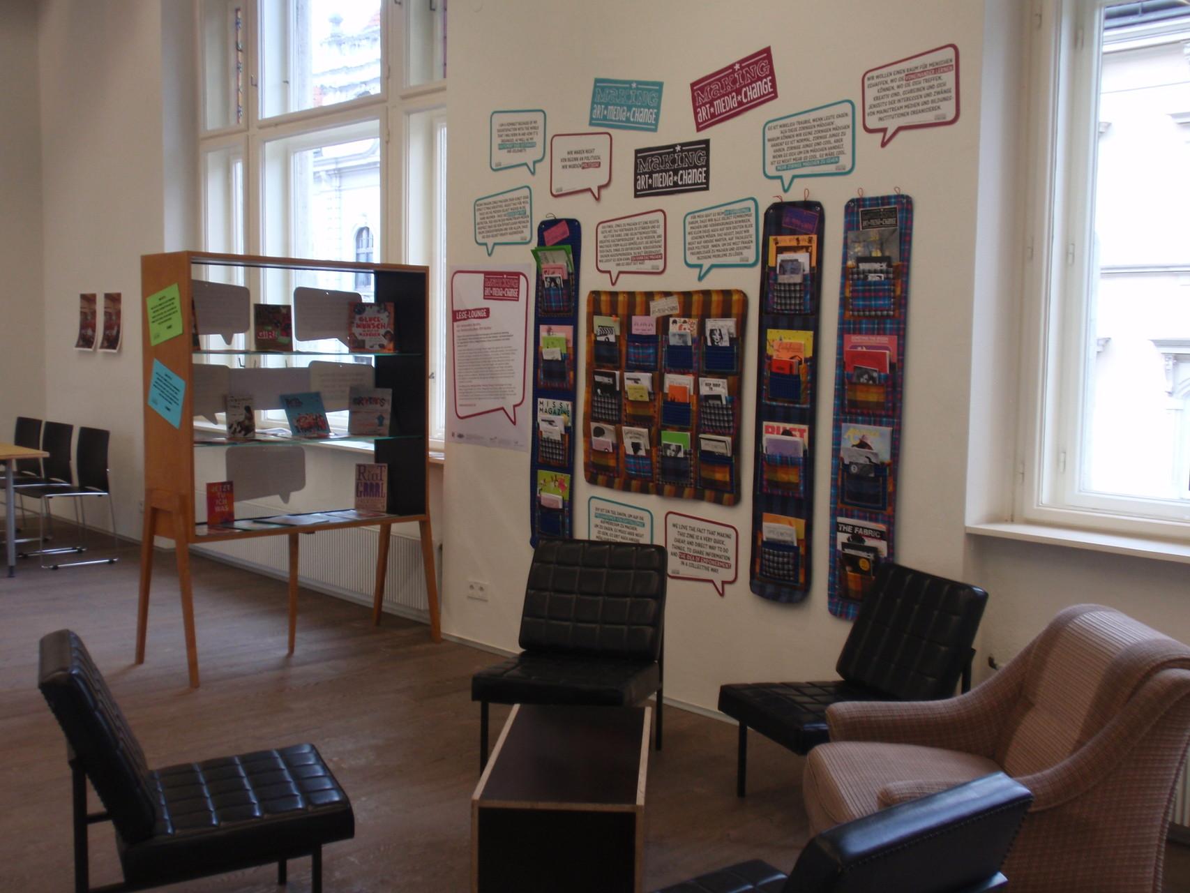 Die Leselounge zu Gast bei YOUKI 16 (Wels, November 2014) (Foto: Stefanie Grünangerl)
