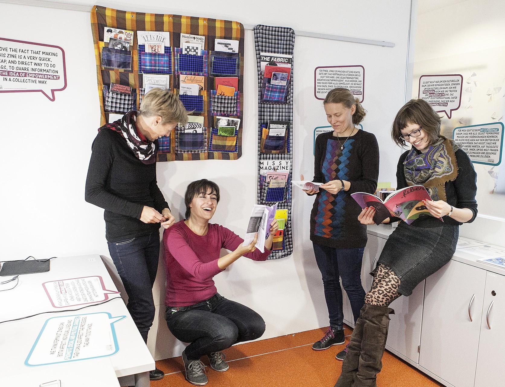 Making Art, Making Media, Making Change! Leselounge (Foto: Pia Streicher)