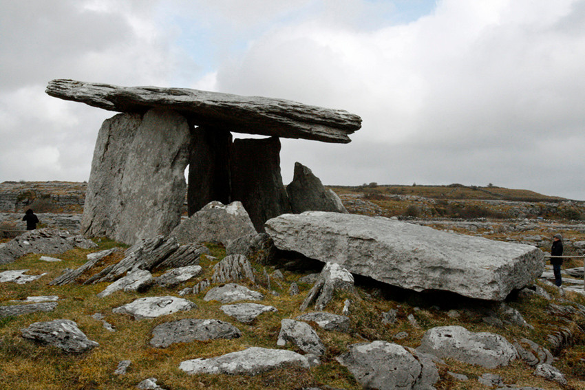Dolmen aux environs de Galway (Irlande)