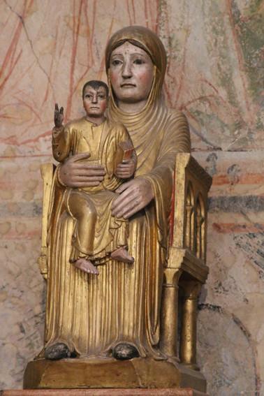 Notre Dame la Brune- vierge noire- Tournus (Saône et Loire)