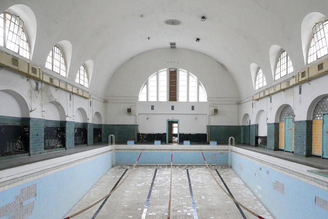 Wünsdorf // Die verbotene Stadt // Schwimmbad