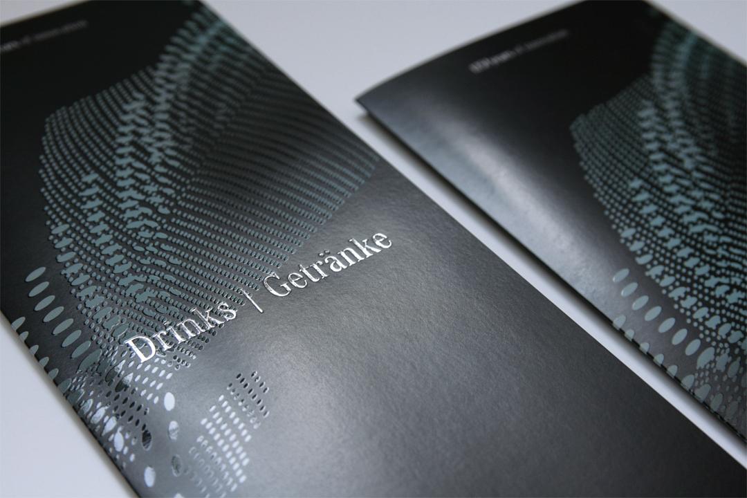 Gestaltung einer Einladungskarte für Mercedes-Benz // Speisekarten
