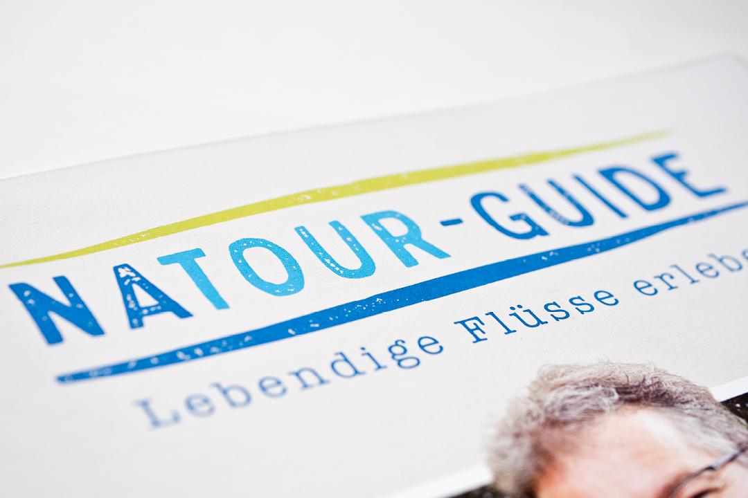 Gestaltung einer Imagebroschüre // Logo-Design