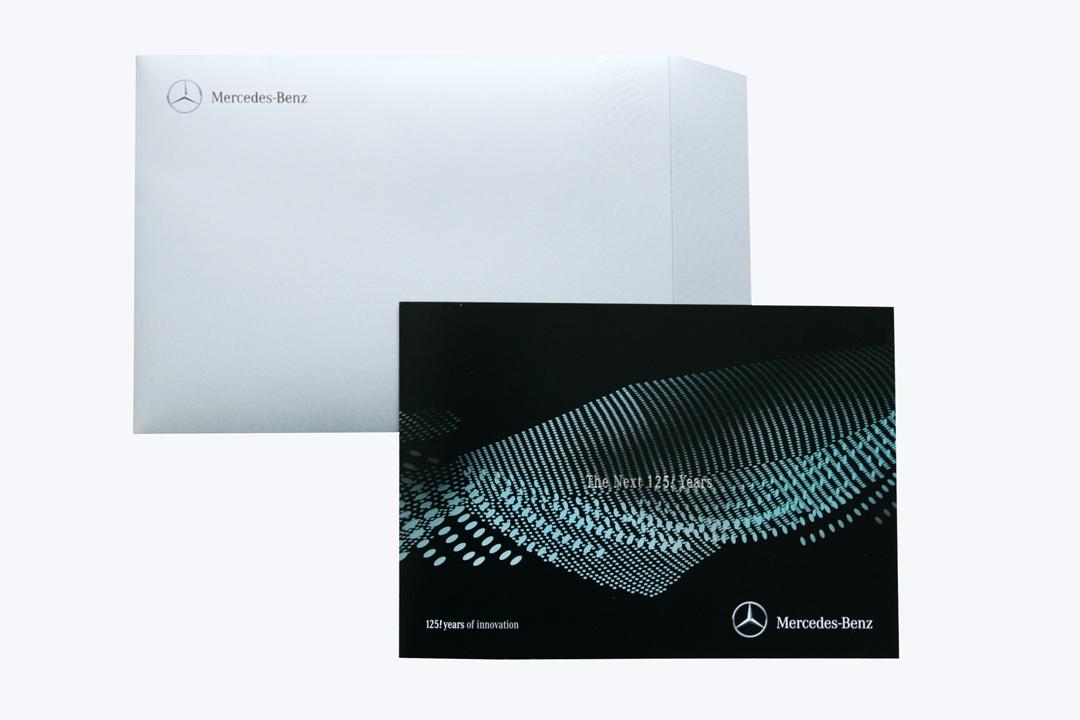 Gestaltung einer Einladungskarte für Mercedes-Benz // Karte mit Umschlag