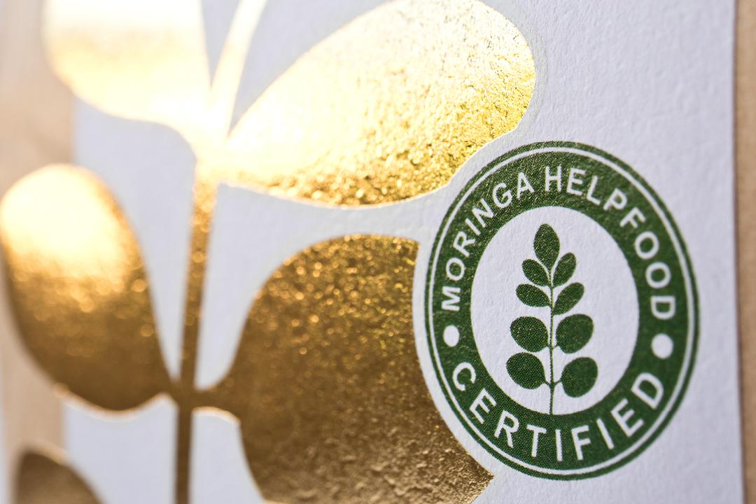Verpackungsdesign für Bio-Tee // Prägung