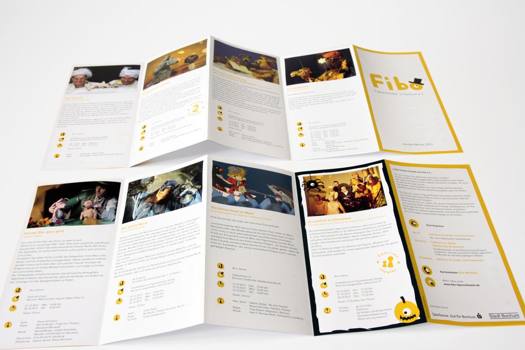 Gestaltung von Logo und Spielplan für ein Puppentheater // Innenseiten