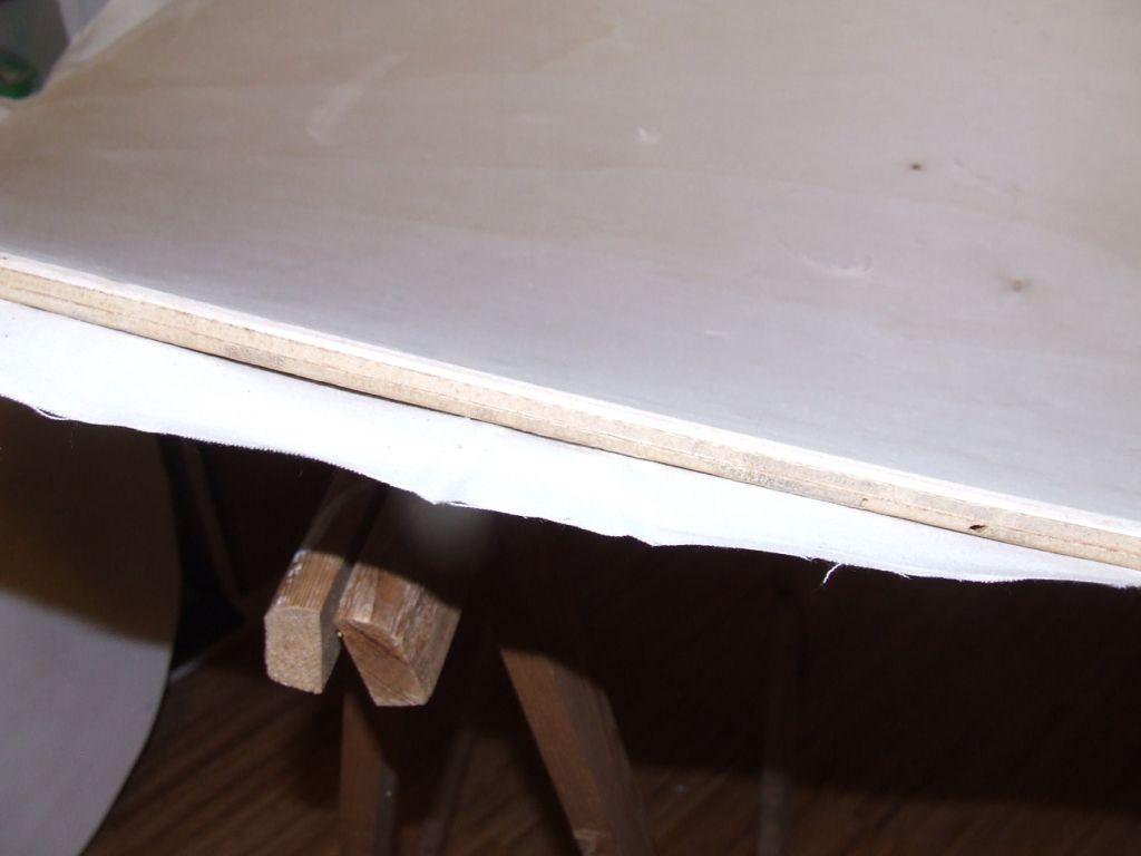 Holzschichten wurden verleimt und gebogen