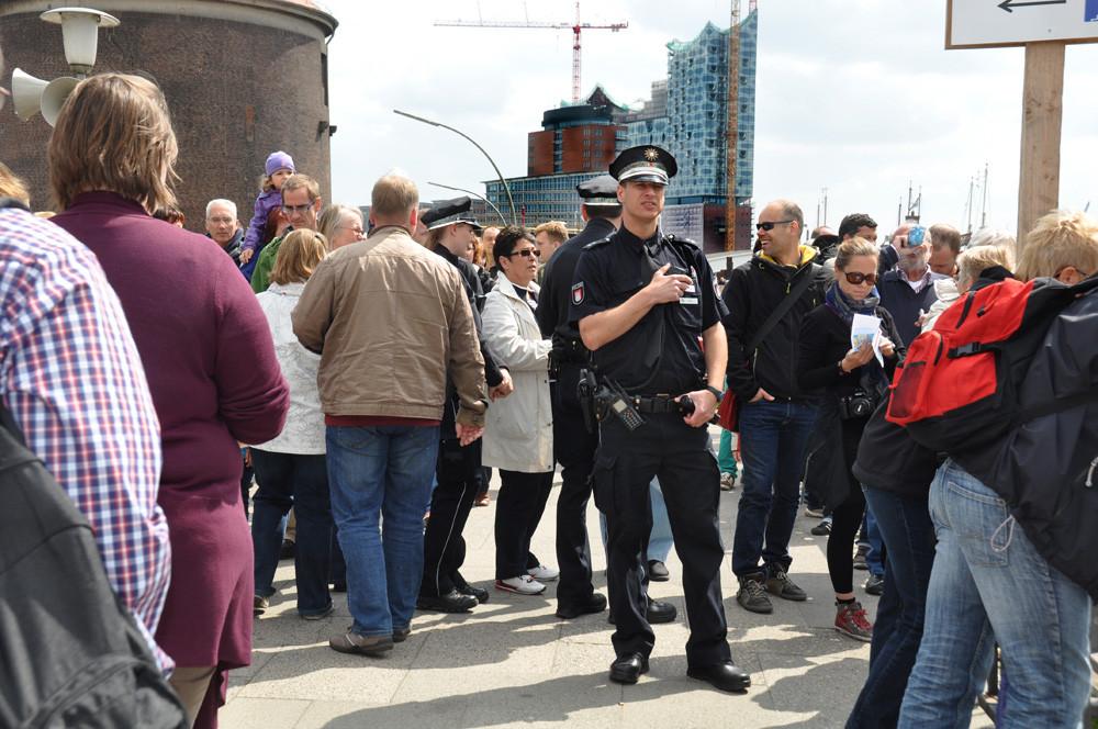 Ein wirklich charmanter Polizist :-)