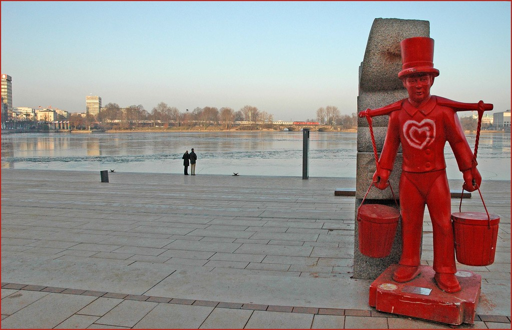 "Binnenalster im Winter und "" Hummel, Hummel ""..:-)"