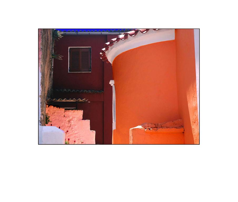 ein Haus in Kamara, mittig im Südwesten