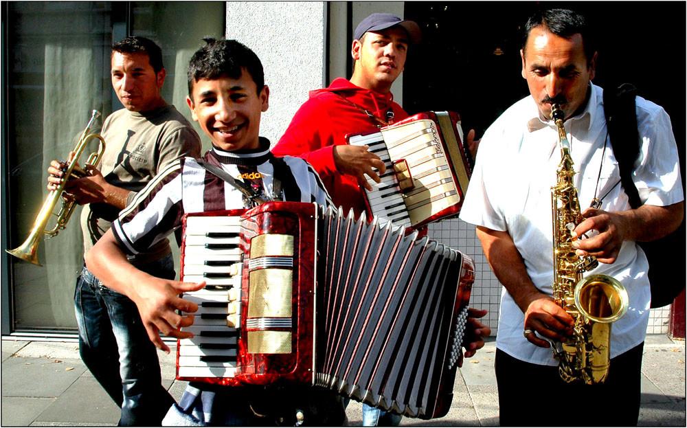 gute Stimmung, immer im Portugiesenviertel...